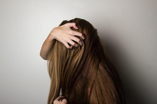 capelli-lunghi-donna