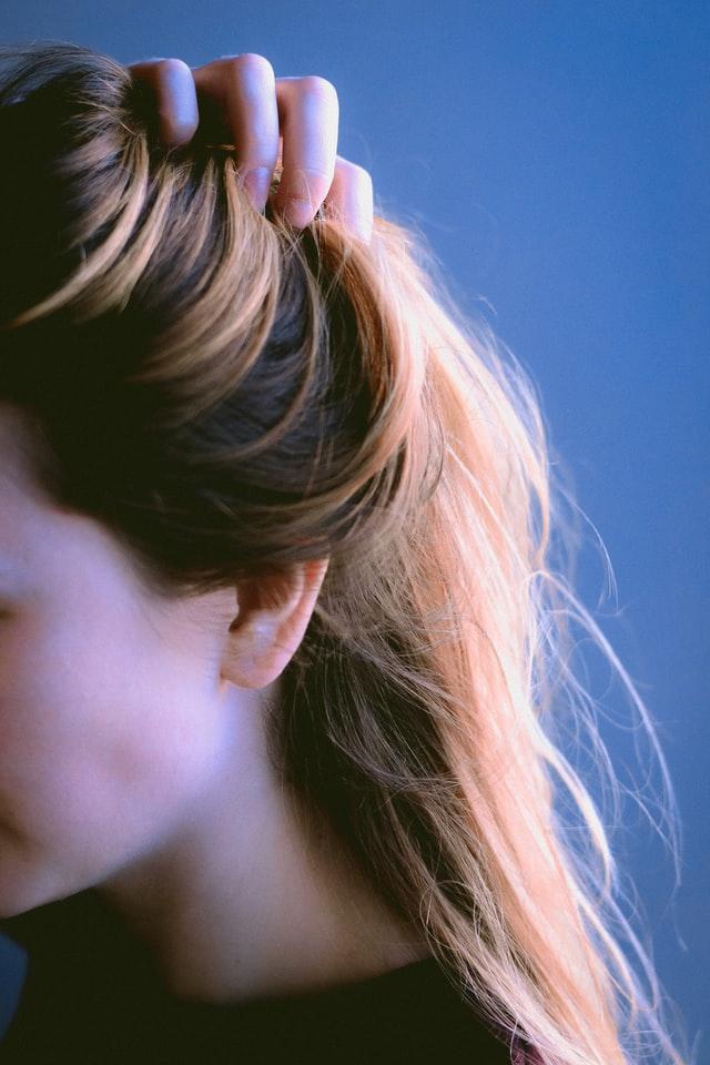 donna-shampoo-capelli-secchi